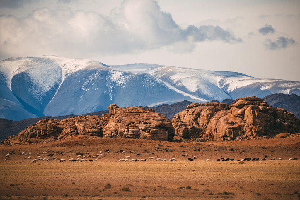 марсианские пейзажи рядом с озером Ачит