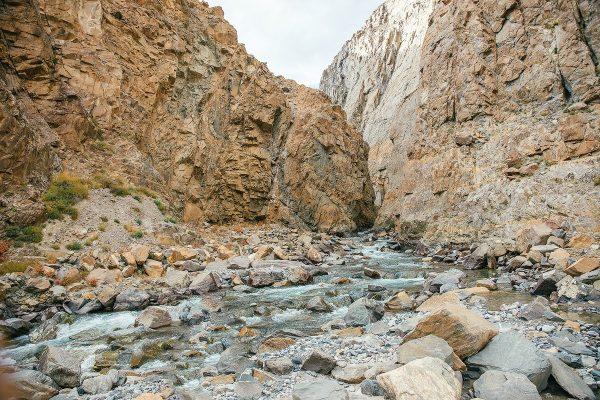 Ущелье, долина реки Талдура