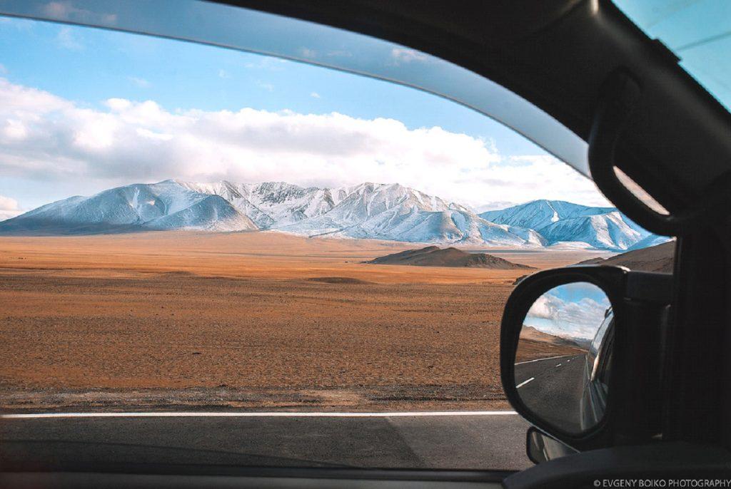 горный пейзаж по дороге из г. Ховд в г. Улгий